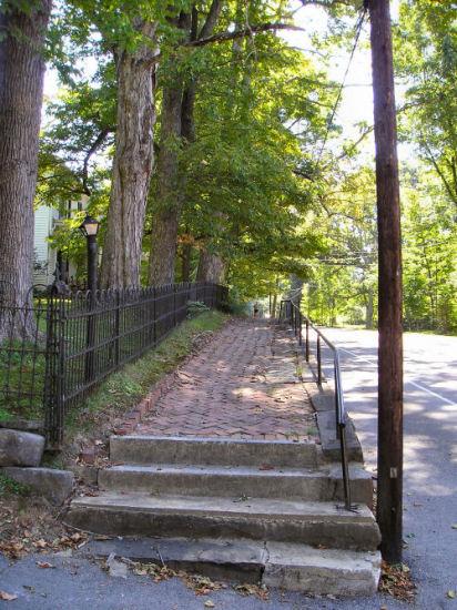 Washington_St_Sidewalk_1_B450