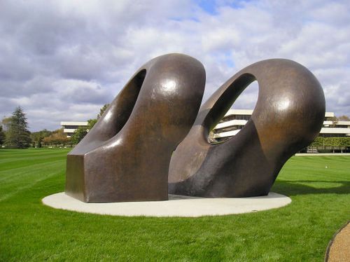 Henry_moore_d_4