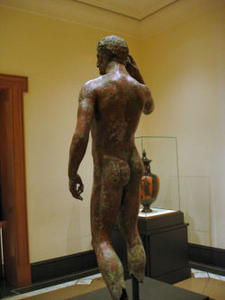 Getty_villa_victorious_youth_031_1a